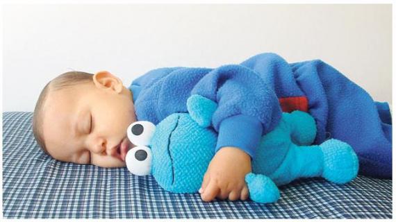 Выбираем детскую кроватку для малыша